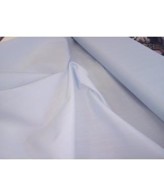 Batista 80 cm de ancho 70% poliester 30% algodón celeste
