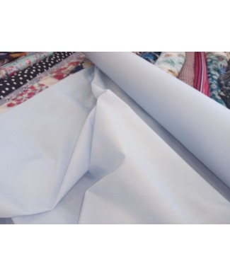 Popelin celeste 1.15 de ancho 65% poliester 35% algodón